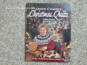 Book DM Christmas Quilts