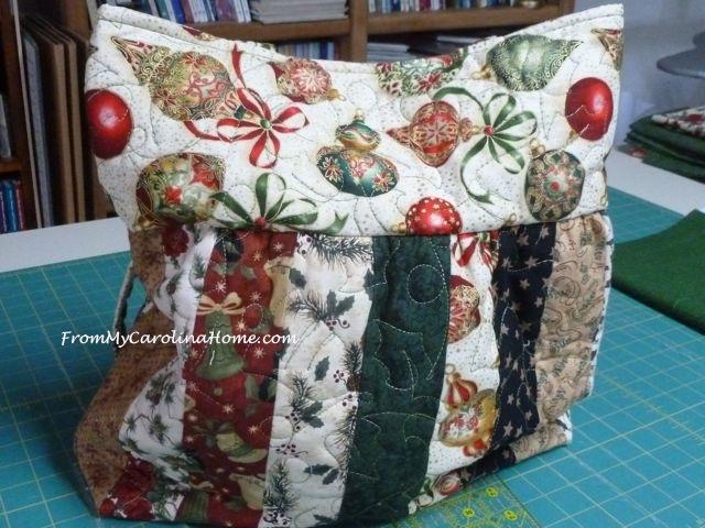 Charleston Christmas purse 5